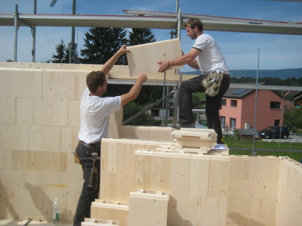 Like LEGO – One Block on top of the next one!